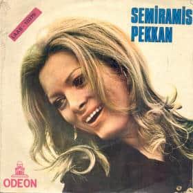 Semiramis Pekkan - Gülelim Sevelim - O Karanlık Gecelerde - 1971